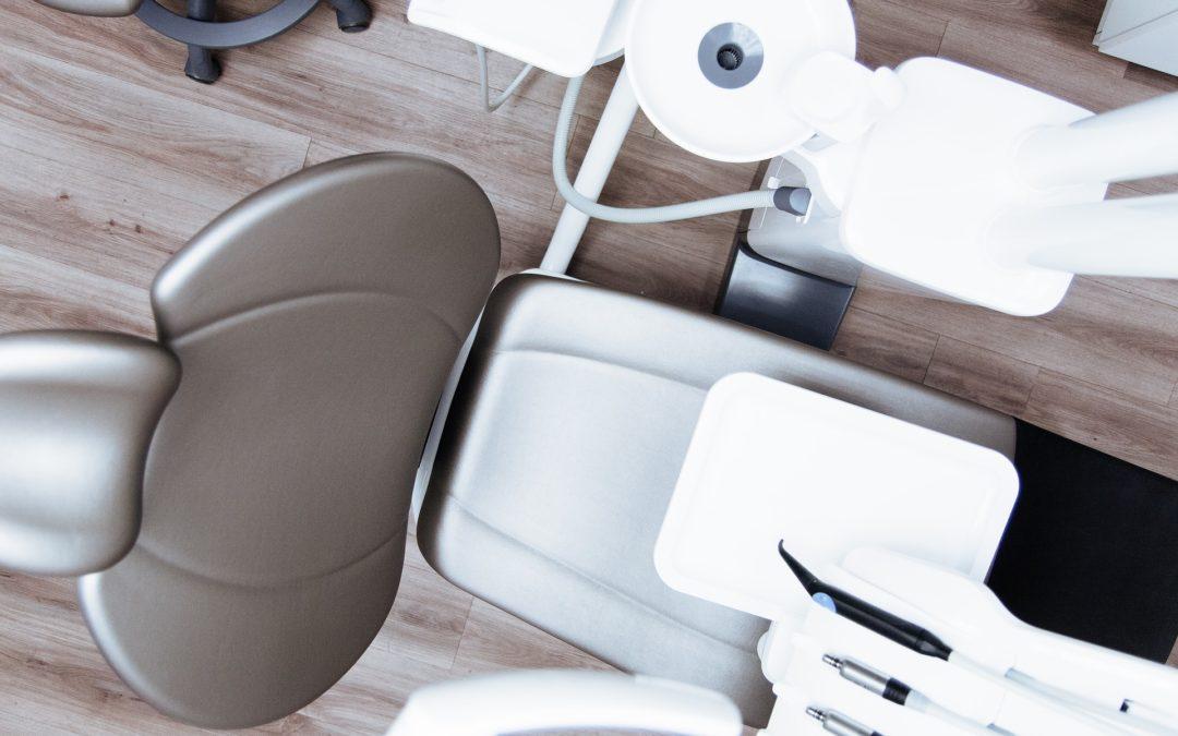 Czym jest stomatologia estetyczna?